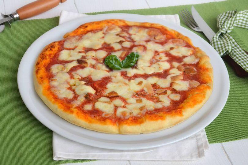 pizza margherita copia