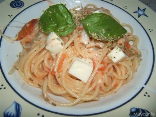 Spaghetti alla caprese
