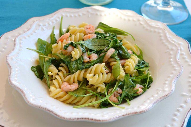 Pasta zucchine e gamberetti ricetta pasta zucchine e for Ricette di pasta