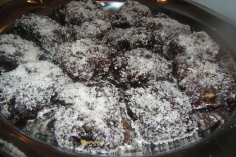 Quadrotti cioccolato e cocco (Lamington)