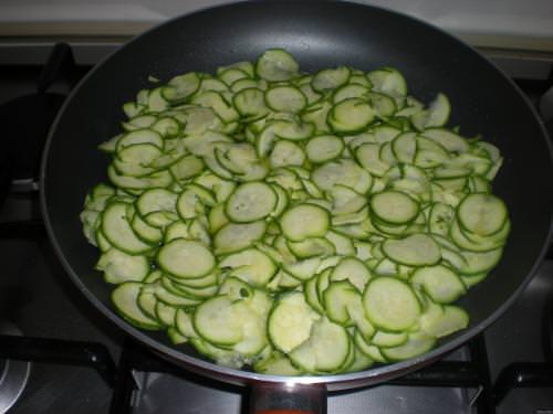 zucchinearondelle.JPG