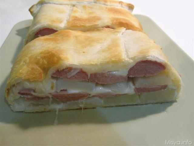 Rustico patate wurstel e mozzarella