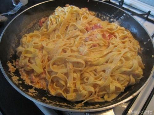 Ricetta pasta al sugo di granchio