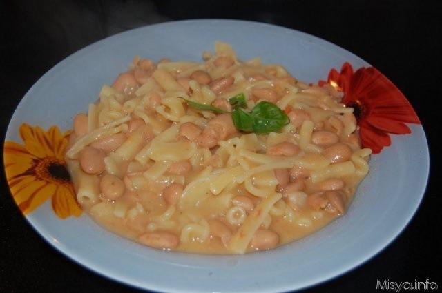 Pasta e fagioli napoletana