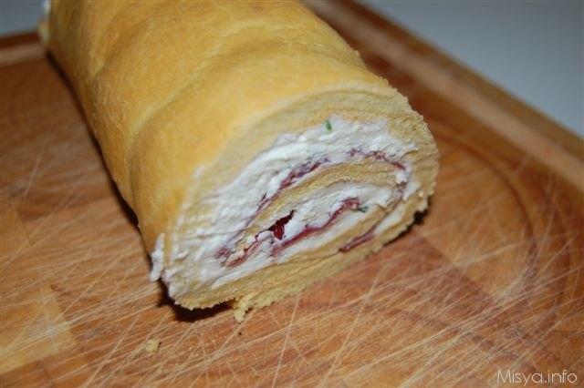 Ricetta Pan Di Spagna Rotolo.Rotolo Di Pan Di Spagna Salato Ricetta Rotolo Di Pan Di Spagna Salato Di Misya