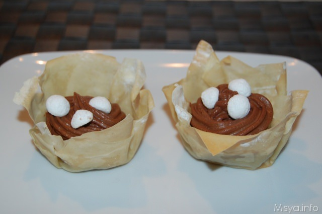 Cestini di pasta fillo con mousse al cioccolato