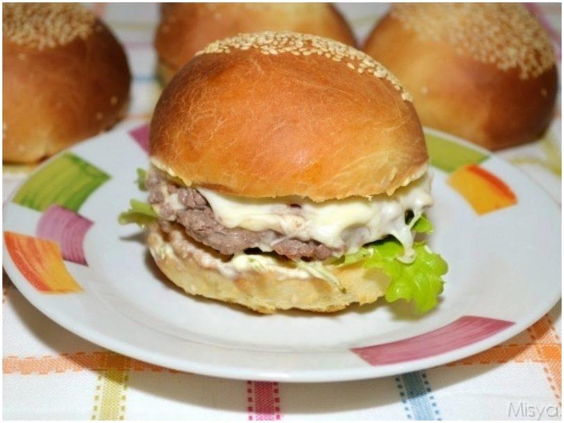 Ricetta Hamburger Panino.Panini Per Hamburger Ricetta Panini Per Hamburger Di Misya