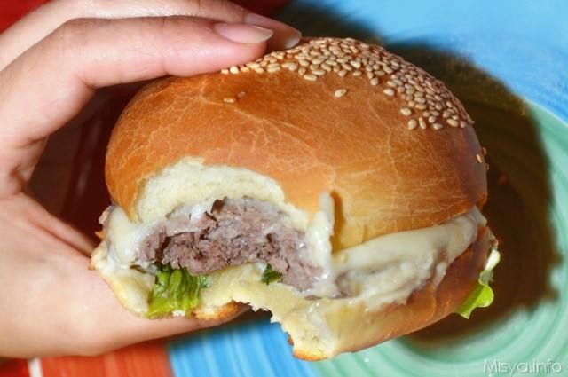 Conosciuto Panini per hamburger - Ricetta Panini per hamburger di Misya YK19
