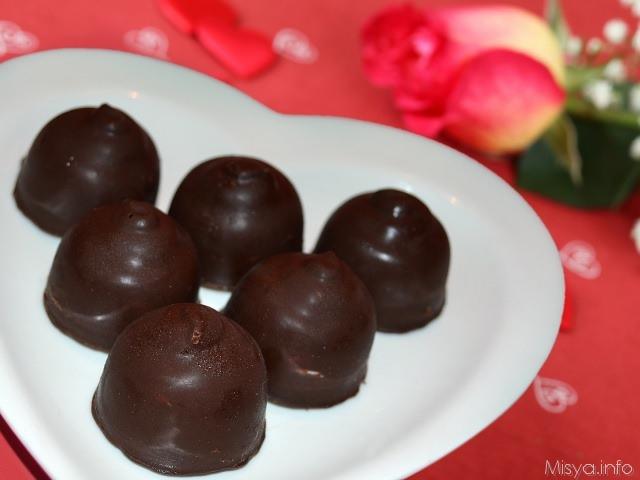 Regali Di Natale Gastronomici Fatti In Casa.Cioccolatini Ripieni