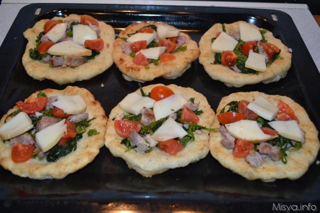 pizzette salsicce friarielli mozzarella