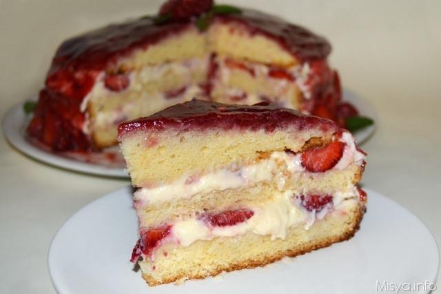 fetta torta panna fragole