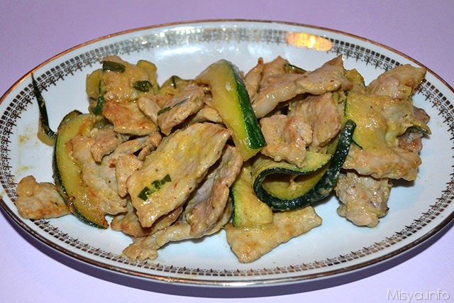 Straccetti con zucchine e senape