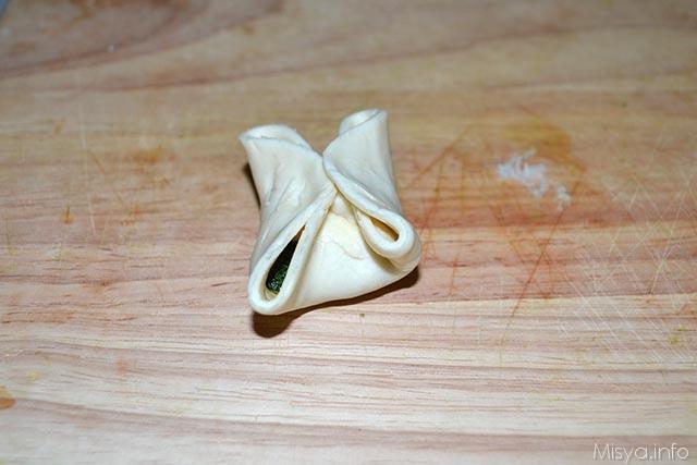 Fagottini di sfoglia con zucchine e stracchino 7