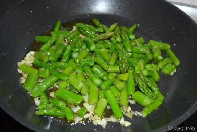 Ricette per pasta con asparagi