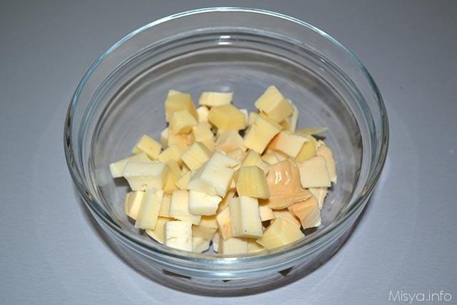 Torta salata formaggi e porcini 4