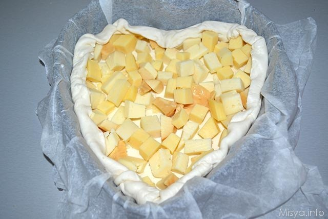 Torta salata formaggi e porcini 5