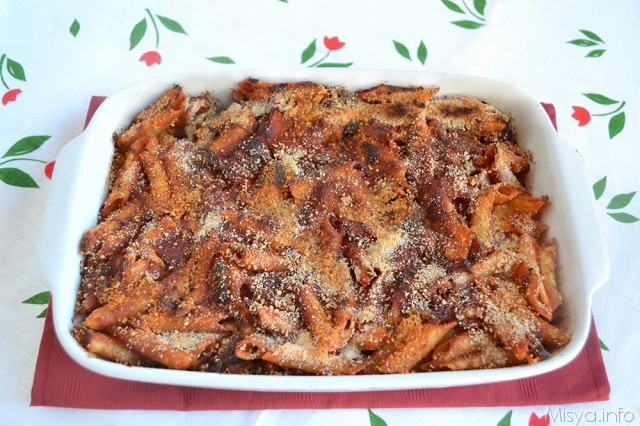 Pasta al forno ai peperoni