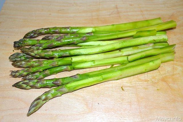 paccheri con asparagi e salsiccia 1
