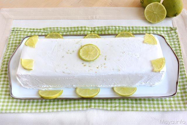 Semifreddo al latte di cocco e lime