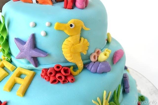 torta di nemo a 3 piani - particolare 1