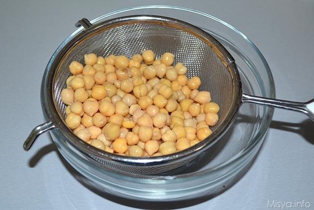 insalata di ceci rucola grana e noci 1