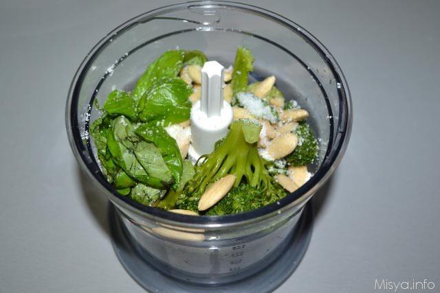 Pasta con pesto di broccoli 7