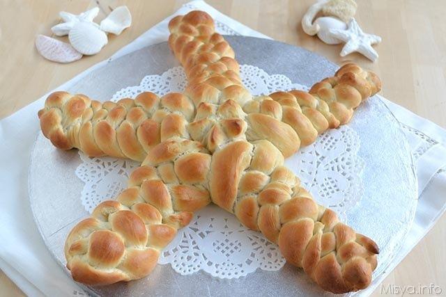Stella di pane intrecciata