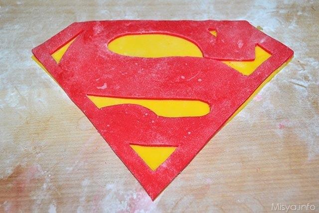 Torta superman 11