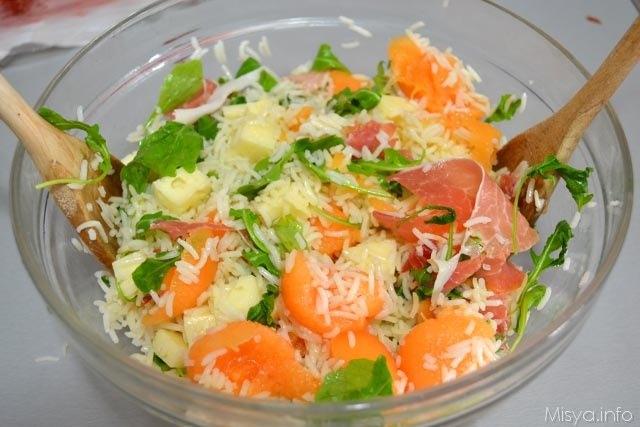 Insalata di riso prosciutto e melone 9