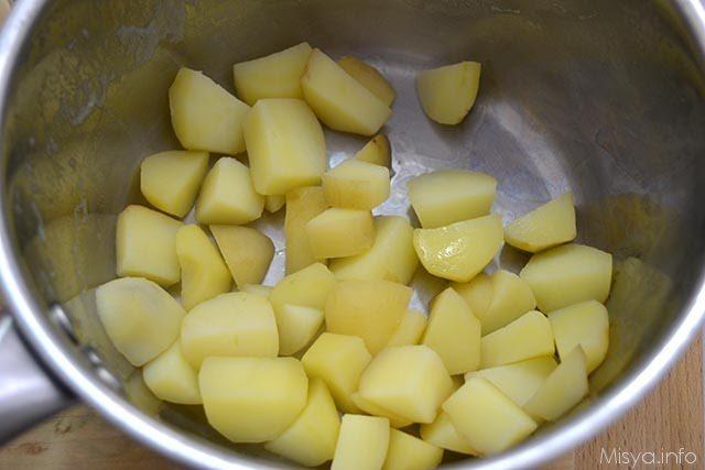 Paccheri con crema di patate e pecorino 3