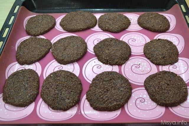 Biscotti di crusca e cacao 9