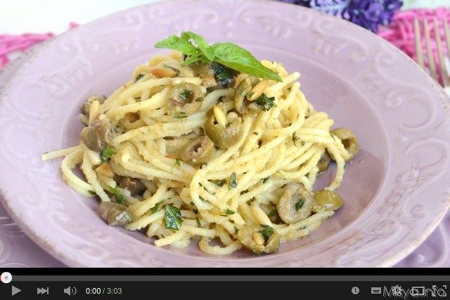 Video ricetta degli spaghetti alle erbe