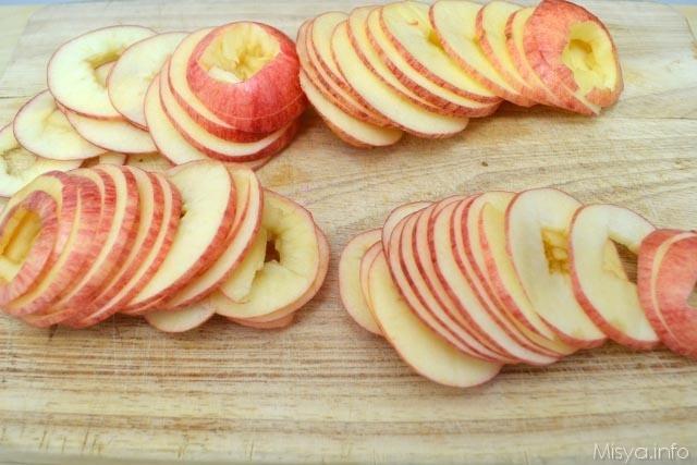 2 affettare le mele
