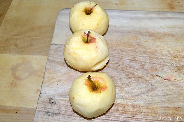 1 sbucciare mele