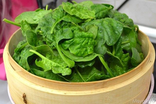 1 spinaci a vapore