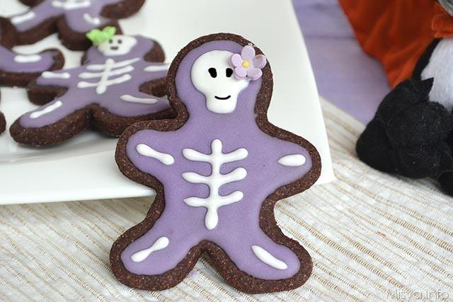 Biscotti scheletro
