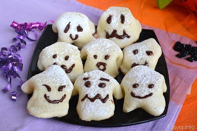 Biscotti fantasmini - Ricetta Biscotti fantasmini di Misya 00b26512d465