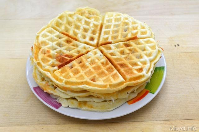 7 pizza waffle