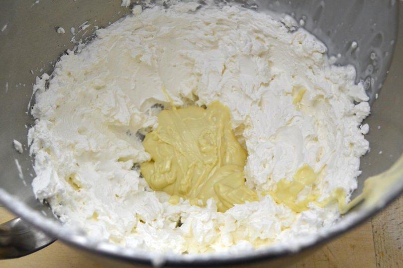 13 aggiungere cioccolato bianco