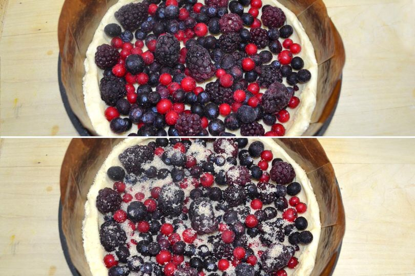 4 aggiungere frutti di bosco