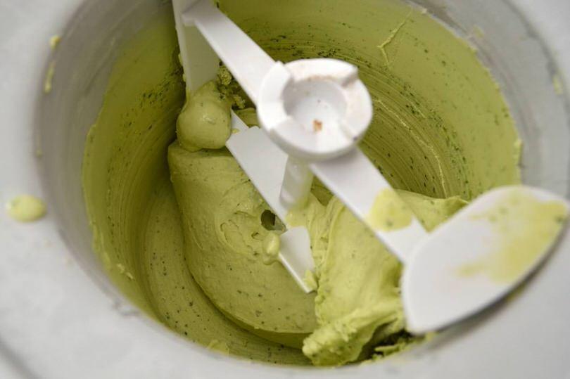 8 gelato nella gelatiera