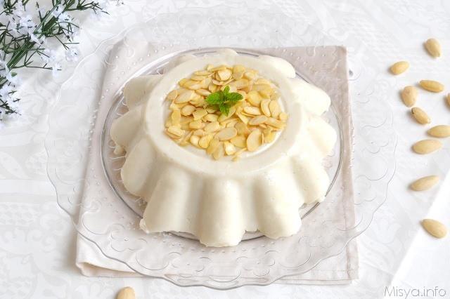 Ricette Dolci al cucchiaio Biancomangiare