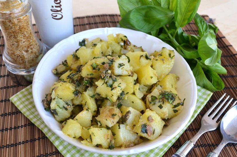 Insalata di patate alle erbe