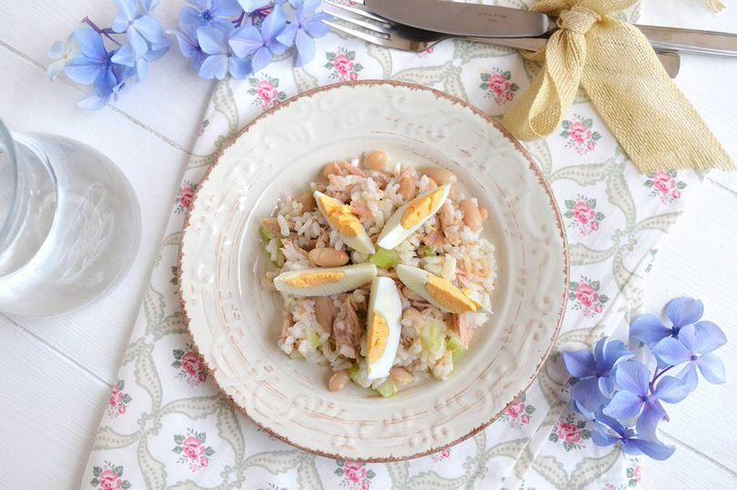 Insalata di riso con tonno e fagioli