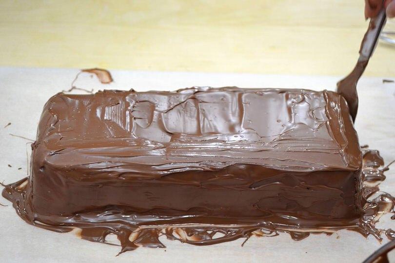 6 coprire con cioccolato