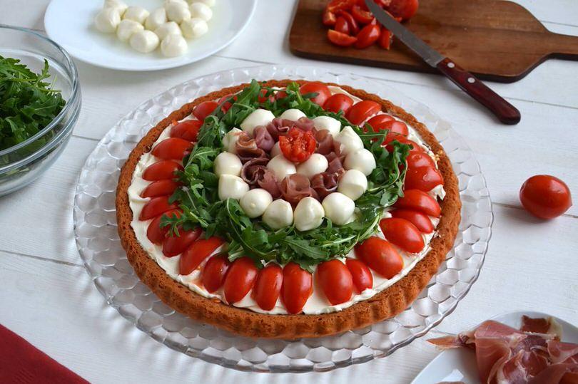 Crostata salata a base morbida Ricetta Crostata salata