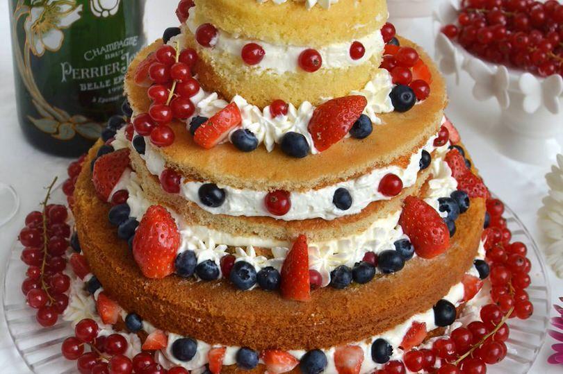 Naked Cake alla Crema di Frutti di Bosco | Alice.tv