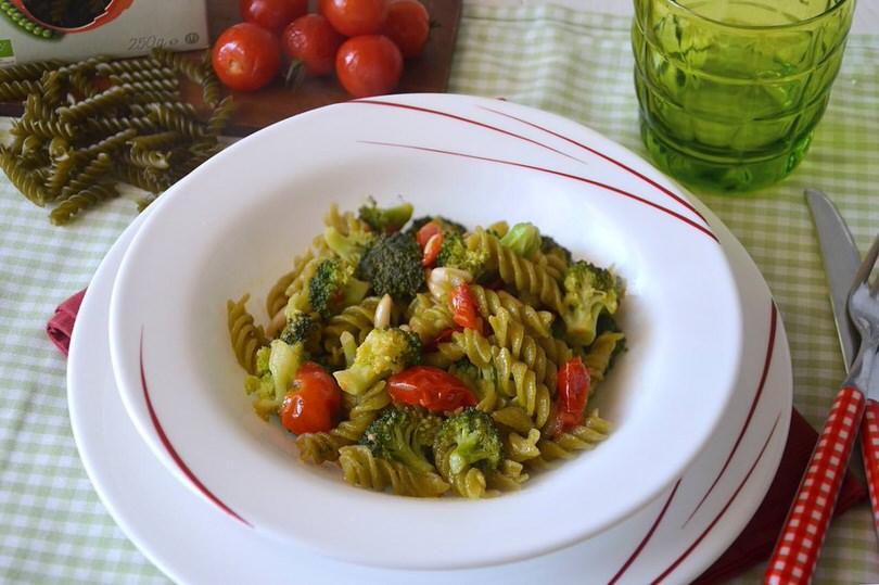 Pasta di piselli ai broccoli