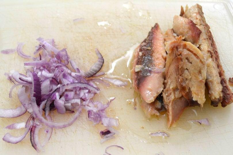2 tagliare cipolle