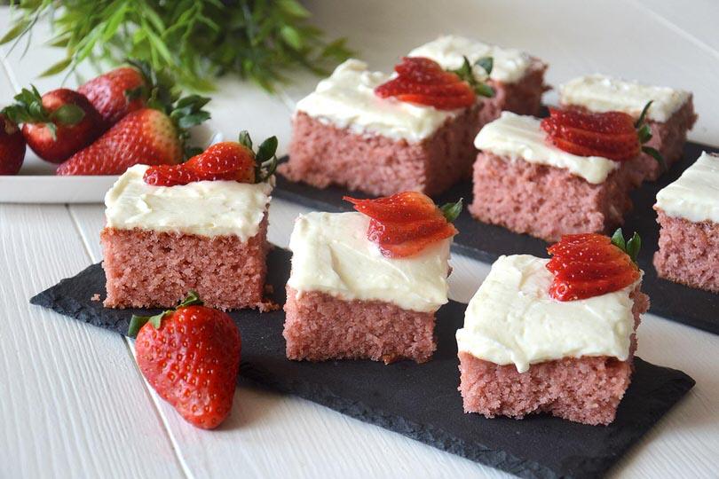 Torta-alle-fragole-glassata